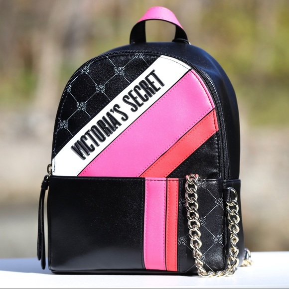 Victoria's Secret Handbags - NEW Victoria's Secret City Chain Mini Backpack